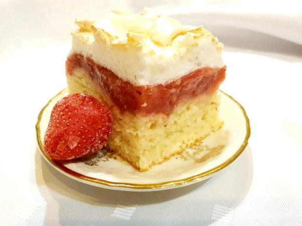 Pusinkovo tvarohový koláč s jahodami - recept