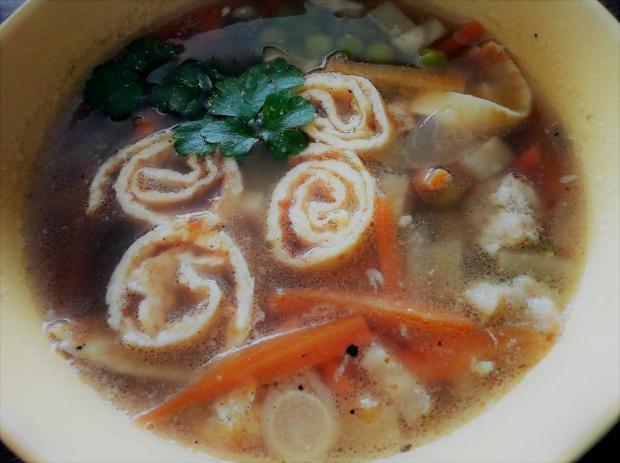 Zeleninvá polievka s vaječnou sadlinou - recept