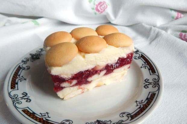 Nepečená torta s malinovým želé - recept