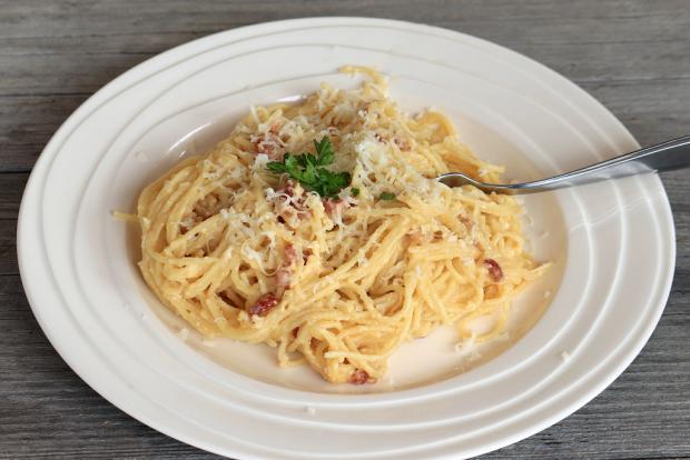 Jednoduché špagety carbonara