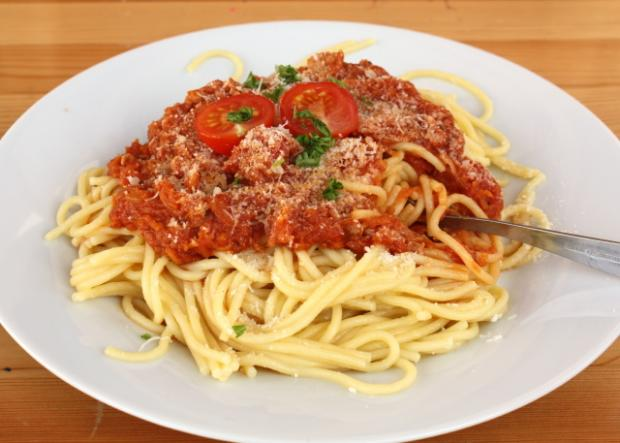 Špagety so zeleninou a tuniakom - recept