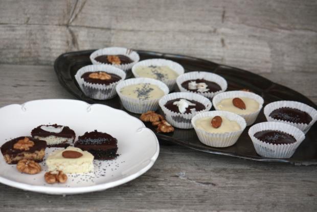 Šuhajdy orechové, kokosové a makové - recept