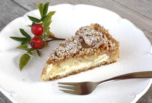 Sypaný jablkový koláč s tvarohom - recept