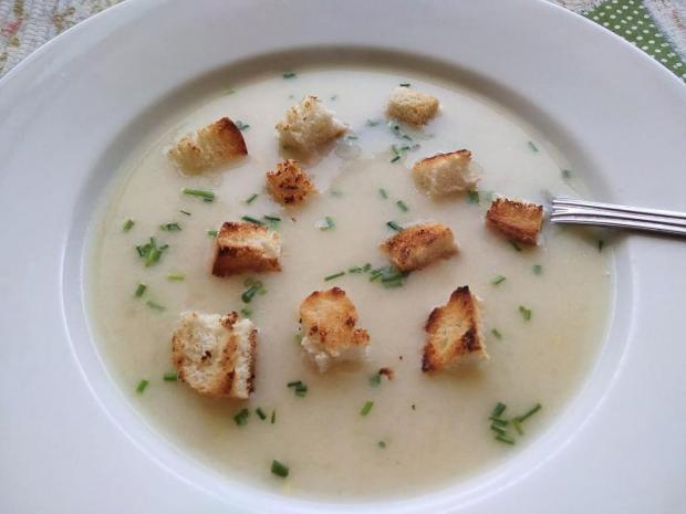 Polievka zelerová lisovaná - recept